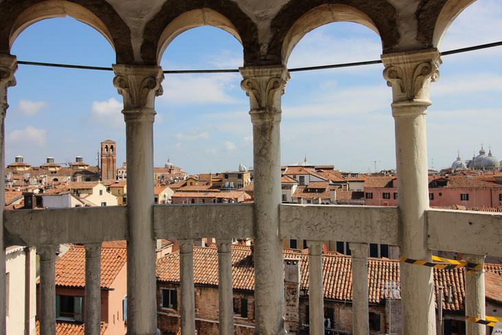 Vistas de toda Venecia desde la Esclaera