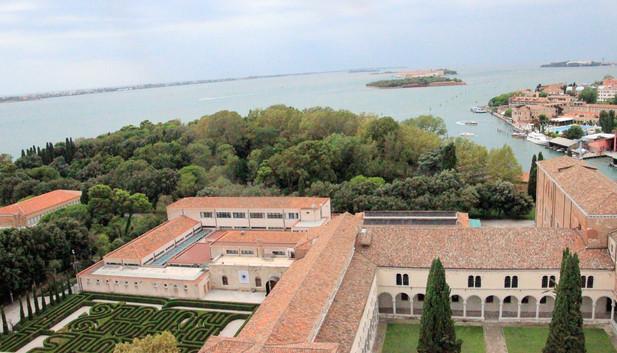 Vista de los claustros desde el campanario de San Giorgio Maggiore