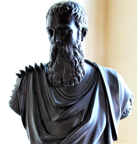 Busto de marco Antonio Bragadin