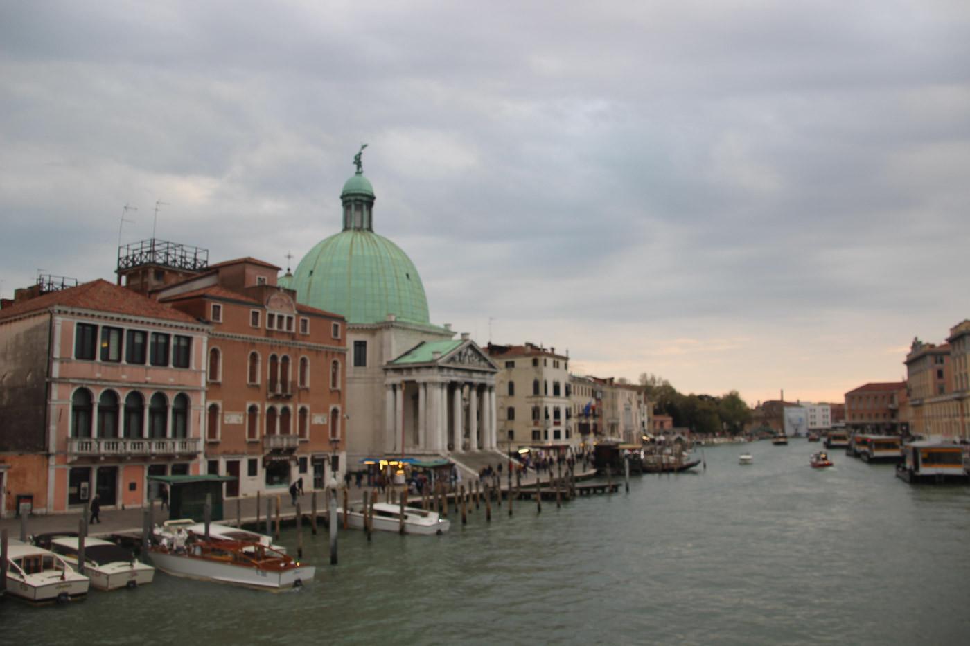 San Simeone Piccolo en el Gran Canal