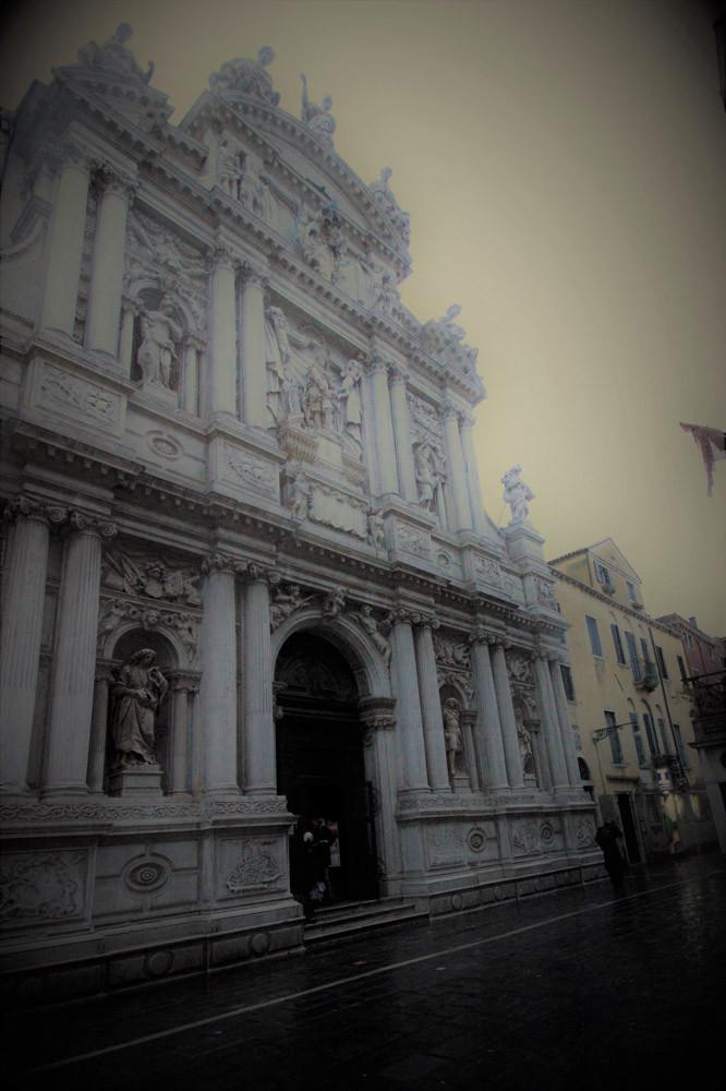 Fachada de la iglesia de Santa Maria del Giglio