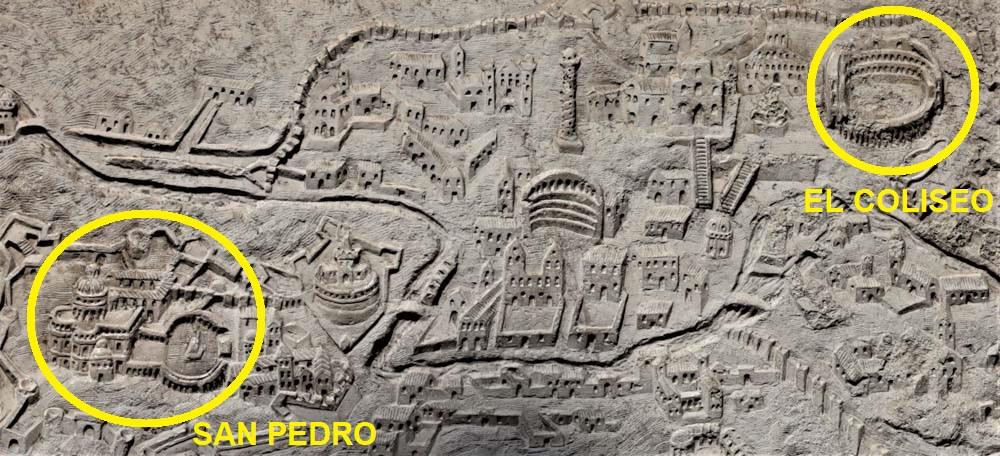 El Coliseo de Roma en el mapa de la fachada de la iglesia