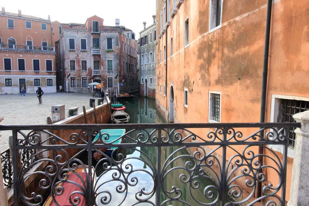 El Río de Sant'Angelo desde el puente dei Frati (de los frailes)