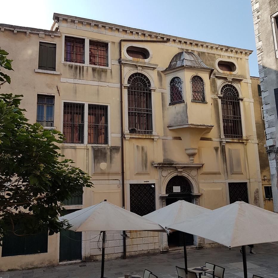 Escuela Levantina