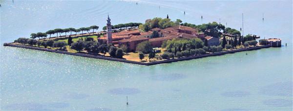 Vista aérea de la isla de San Lazzaro degli Armeni