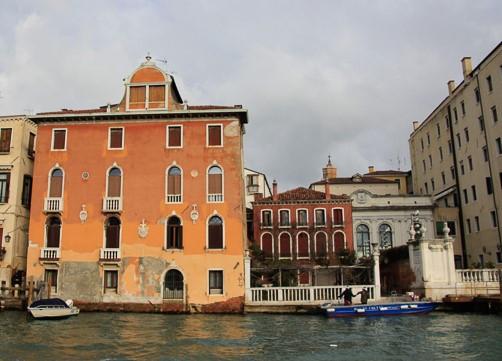 Casina delle Rose (o la casita roja), otro lugar donde hubo un taller de Canova