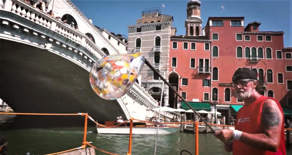El Horno Flotante durante la Venice Glass Week en 2020