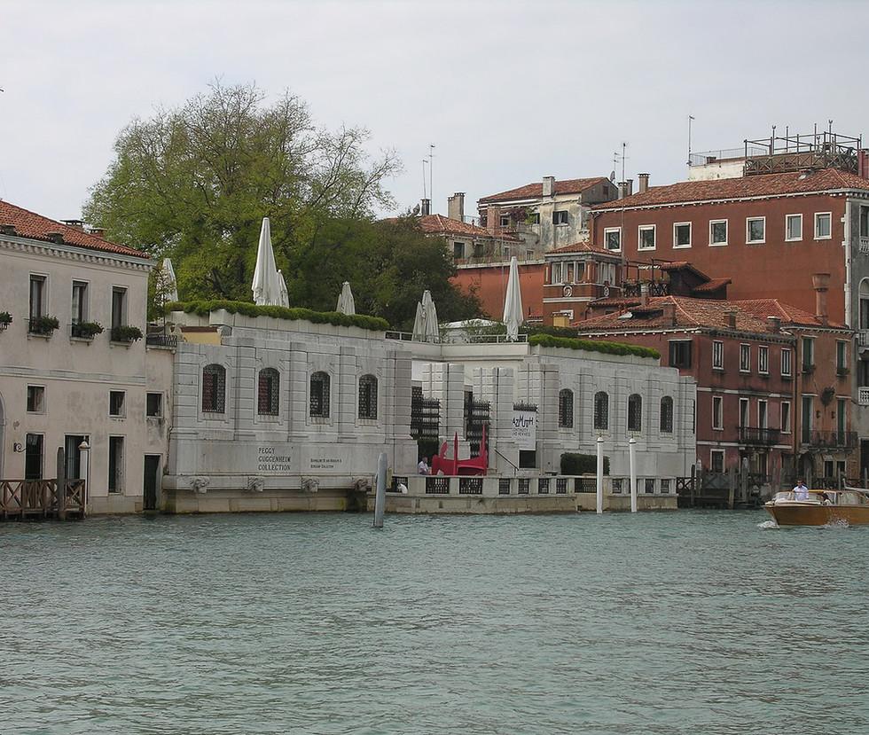 1280px-Dorsoduro,_30100_Venezia,_Italy_-
