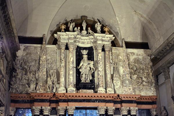 Monumento funerario de Alvise Mocenigo. Foto: Tajchman Maria, CC BY-SA 4.0 <https://creativecommons.org/licenses/by-sa/4.0>, via Wikimedia Commons