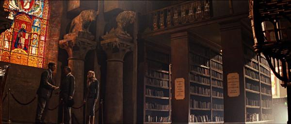 """La biblioteca imaginaria (no está en el interior) de la película """"Indiana Jones y la última cruzada"""""""