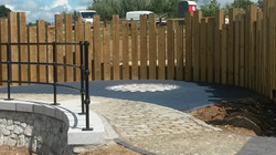 Sleeper fencing - Timber fencing