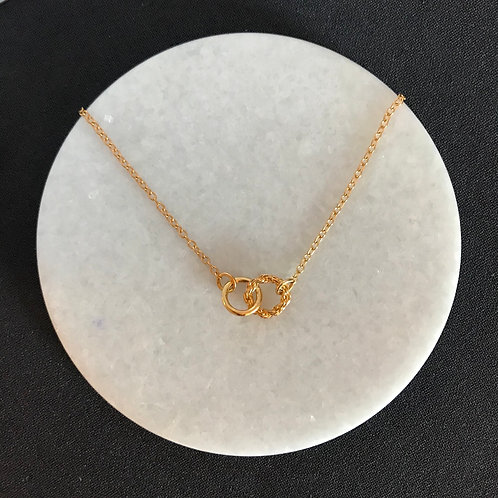 Rope circle & polish Everlast necklace