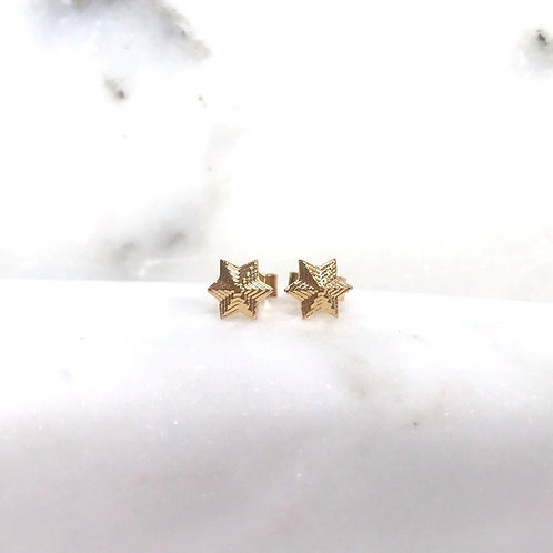 Vintage Star studs Solid Gold