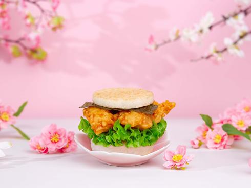 When sakura and tempura meet, best taste
