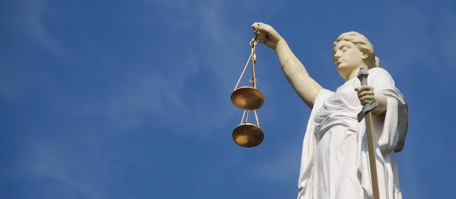 С 1 октября в суды не пускают без юриста!
