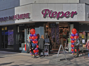 Ladenlokal in 1A-Lage von Wuppertal-Elberfeld an Parfümerie Pieper vermietet