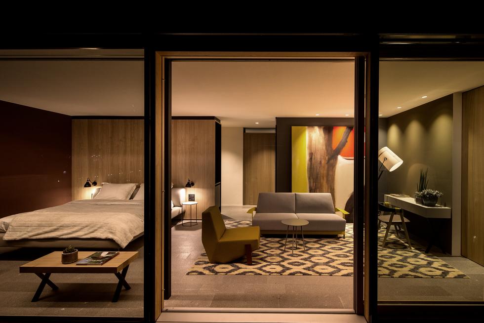 Moroso Penthouse 703.tif