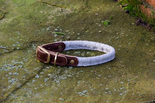 Rolled Dog Collar Herringbone Silver Grey