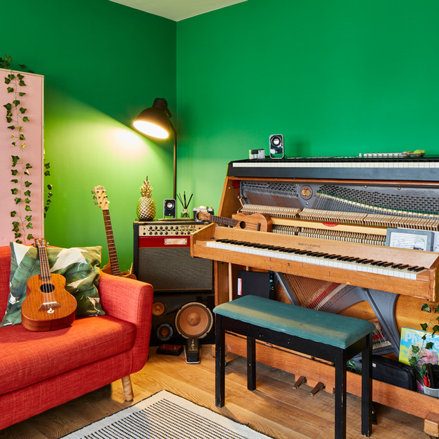 The studio - piano