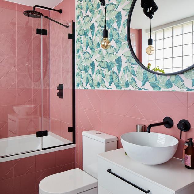 Jungle bathroom