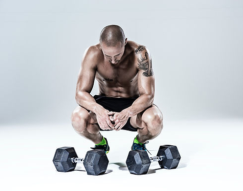 Workout%20with%20Dumbbells_edited.jpg