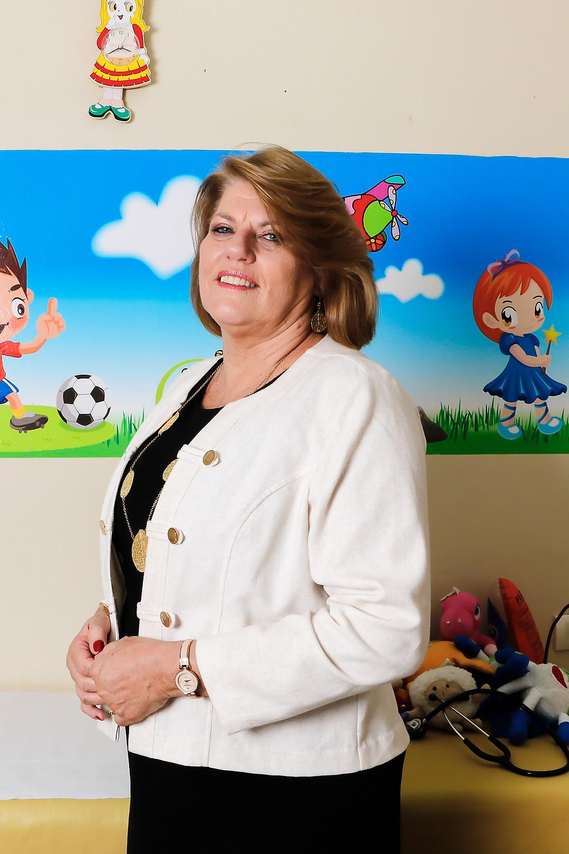 Drª Marilda é uma das mais antigas pediatras da cidade e na metade do ano vai assumir o cargo de governadora assistente do Rotary Club de Vitória. Crédito: Diêgo Albuquerque Fotografia