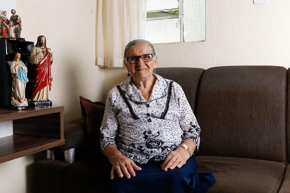 Dona Juliana recorda de cada detalhe da sua história de vida. Crédito: Diêgo Albuquerque Fotografia