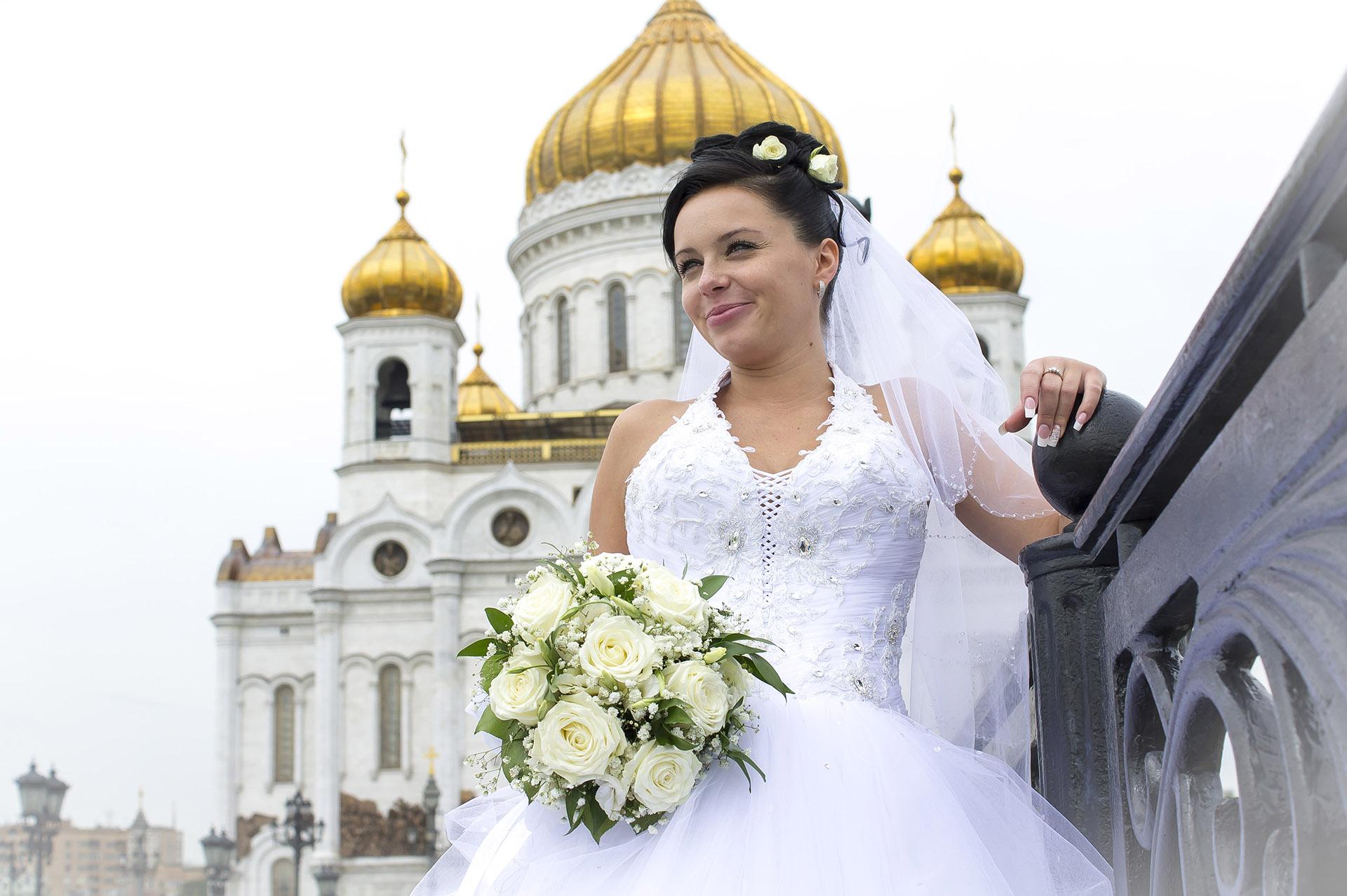 Невеста Ирина. Храм ХС