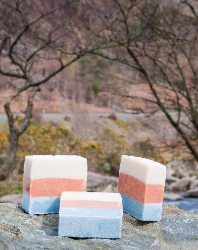 Tea tree & eucalyptus soap by Bare (100g)