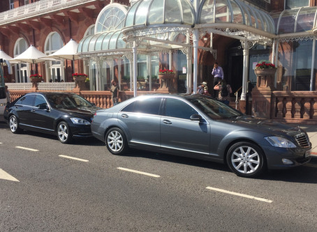 Why choose an executive car service and tips for choosing a professional chauffeur