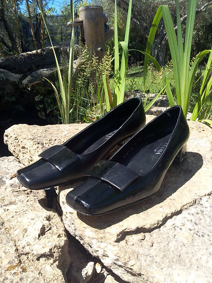 Chaussures bout carré vernis P36.5