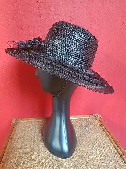 Chapeau capeline chic noir