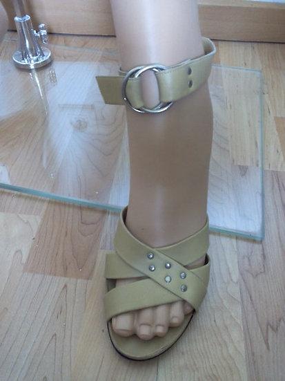 Chaussures sandales  vintage à talon Charles Jourdan P 38