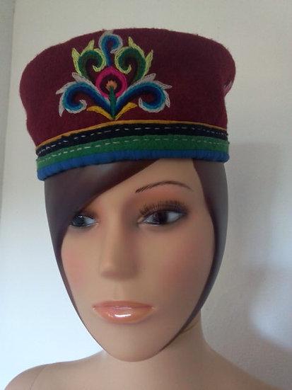 Chapeau forme toque laine bouillie