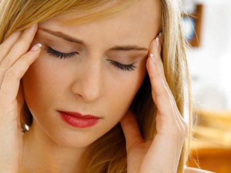 Dolor de cabeza y la autocrítica