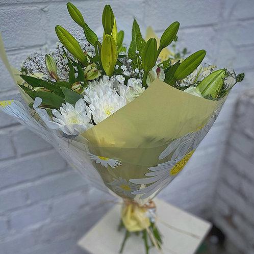 Luxury Classic White Hand Tie Bouquet