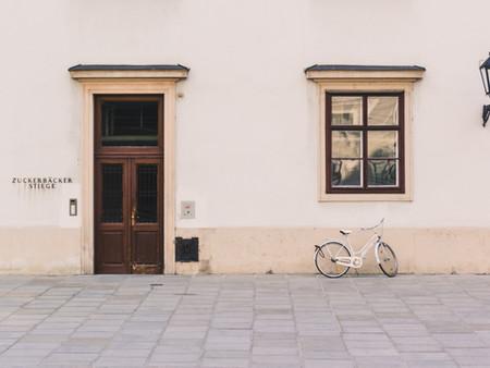 על הפטור ממס שבח במכירת דירה יחידה – הכללים, הסכנות והפתרונות