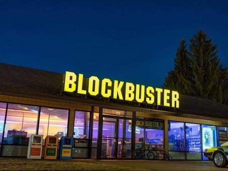 ¿Te gustaría pasar una noche de películas en el último Blockbuster del mundo?