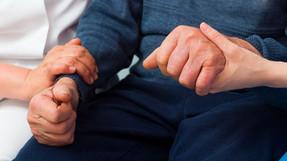 بطريقة العلاج التي يتبعها أورن زريف يتطلب الأمر علاجاً واحداً فقط في العديد من الحالات