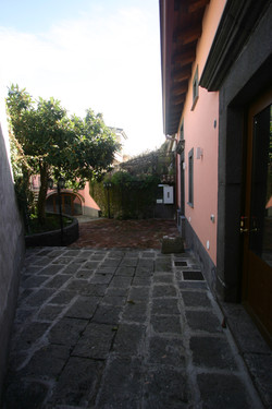 Yard and access to the cottages