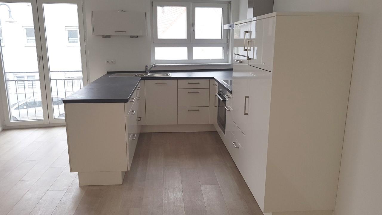 VM-13335 mit Küche (12)