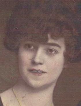 Ibolyka Slotowski.png