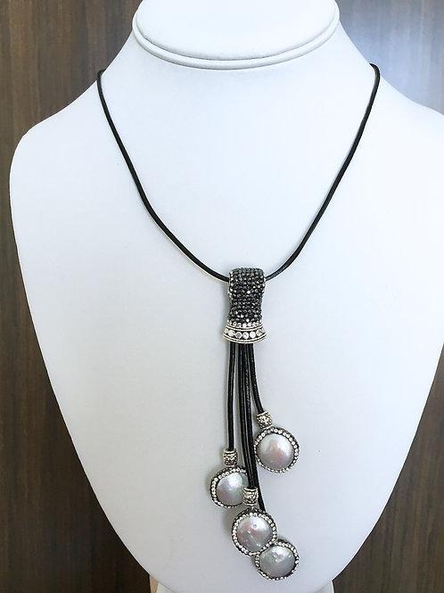 Adjustable Dangling Pearl Necklace