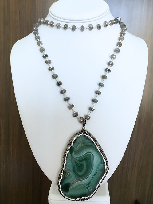 Green Double Wrap Beaded Stone Necklace
