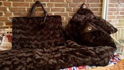 B 2 Velvet Brown Ensemble Travel & Sleep