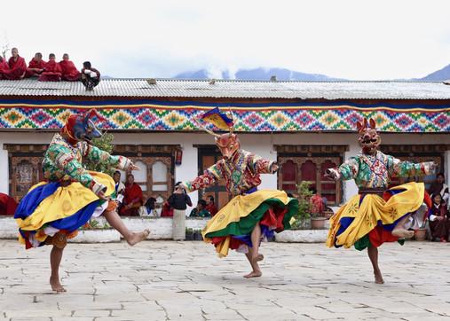 Pudu Puda Travel_Bhutan_Tshechu.jpg