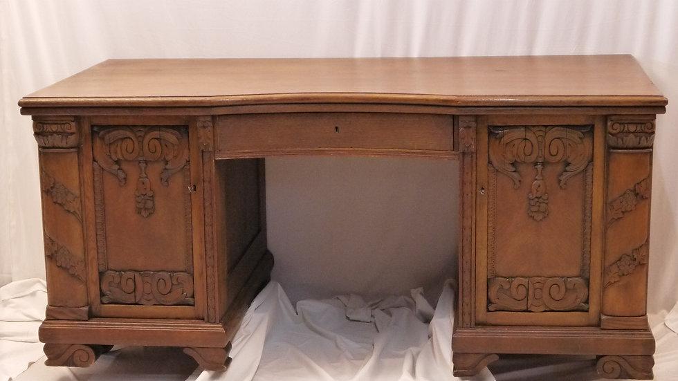 Prächtiger, großer Eichen-Schreibtisch, um 1920/1930...