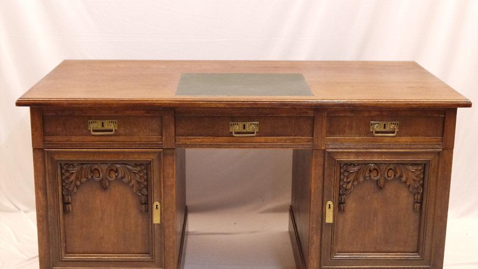 Sehr schöner, großer Schreibtisch, um 1920...