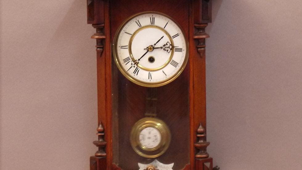 """Selten kleiner Regulator, des """"Historismus"""" D.R.P. um 1880"""