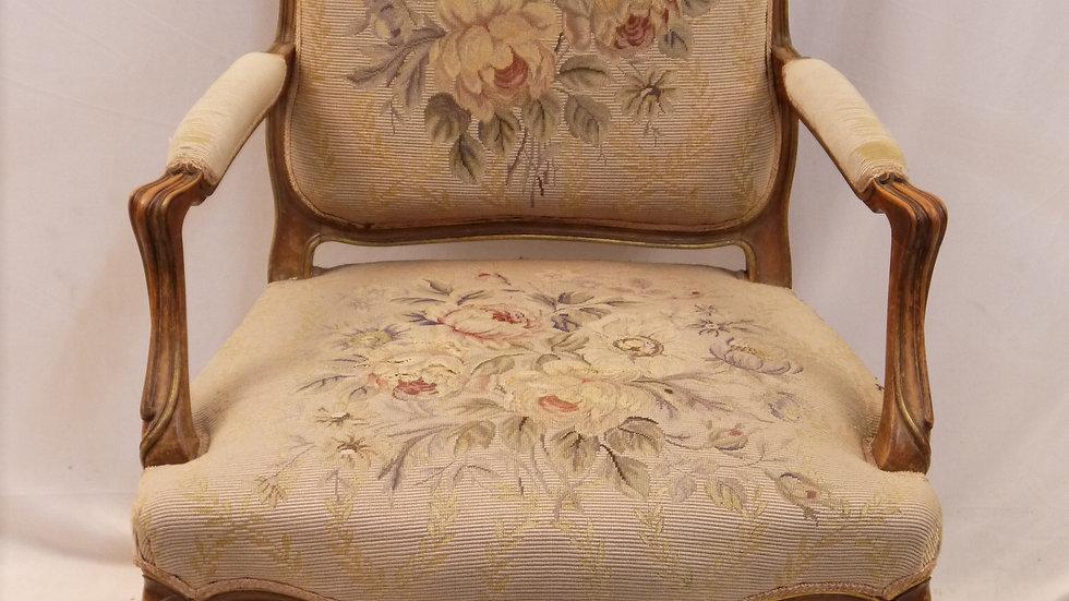 """Sehr stilvoller Sessel des königl. Hoflieferanten: """"LYSBERG & HANSEN"""